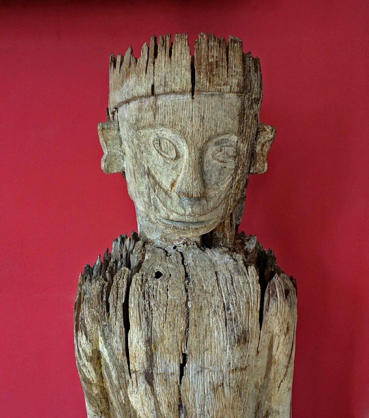 Dayak Kantu Statue, Kalimantan